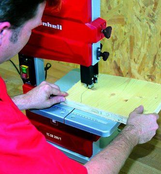 sierra de cinta para el corte de madera
